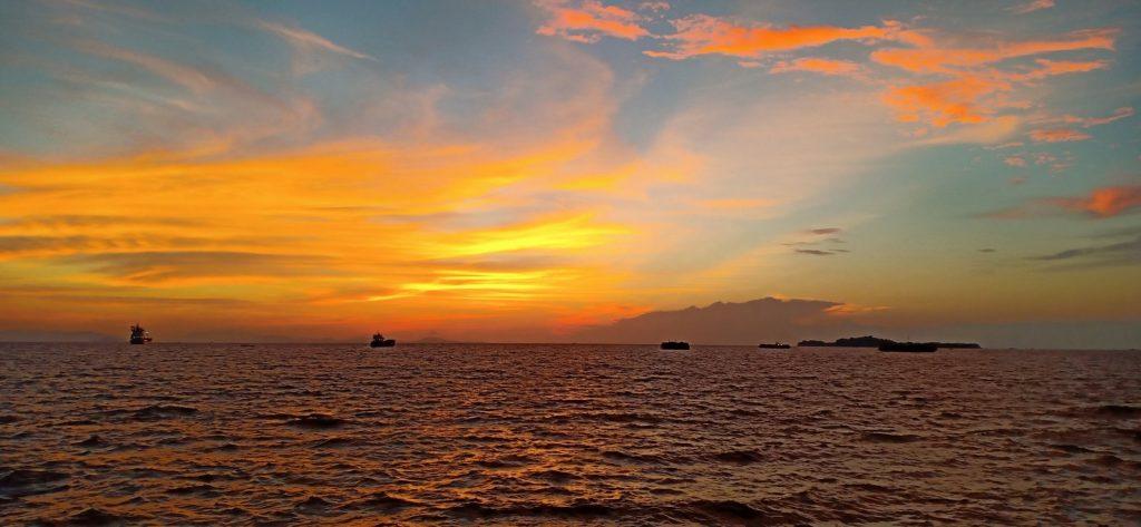 Papua apus de soare