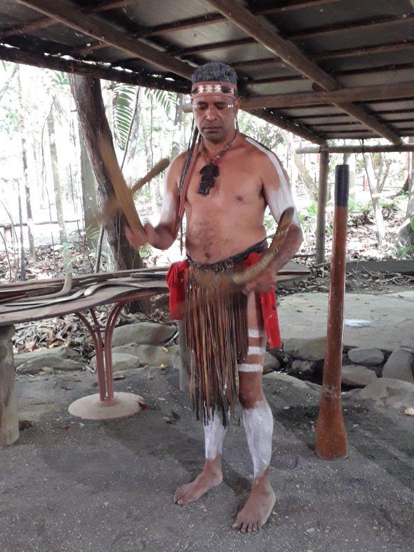 . Tjapukai aborigen