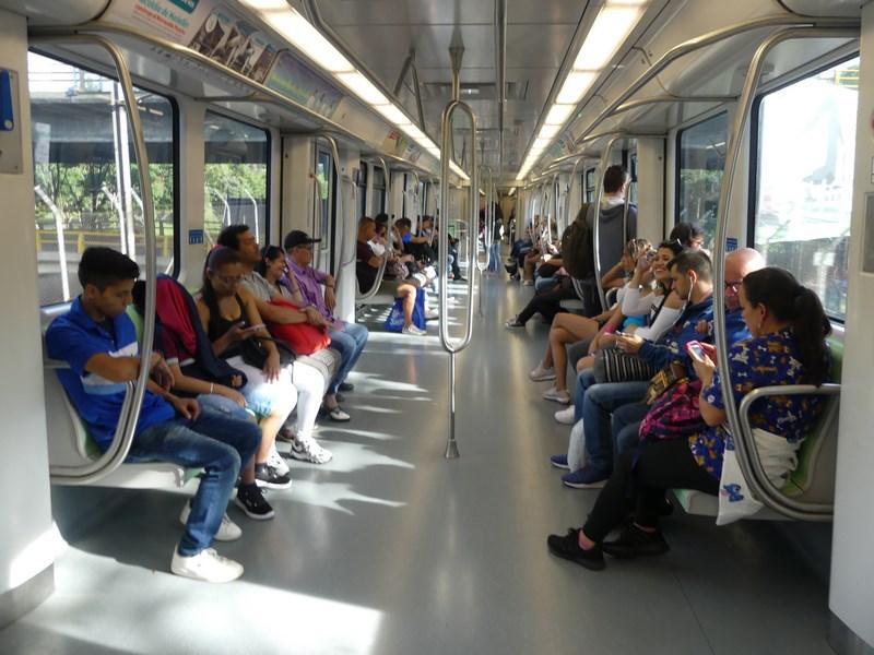 Interior metrou Medellin