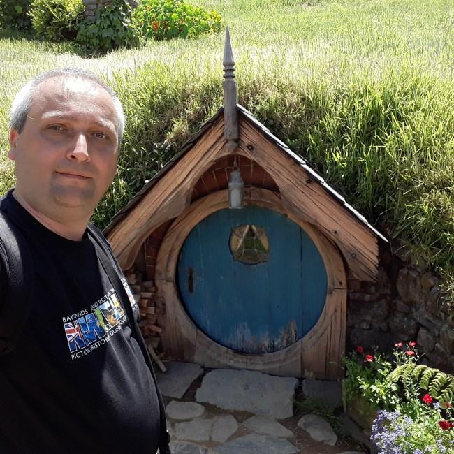 Casa Hobbitilor