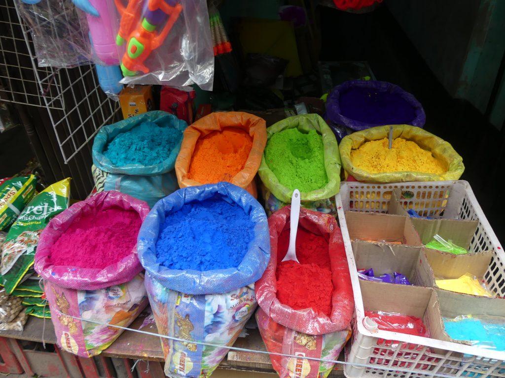 Culori de Holi