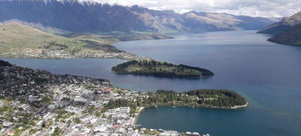 Queenstown si Wakatipu lake