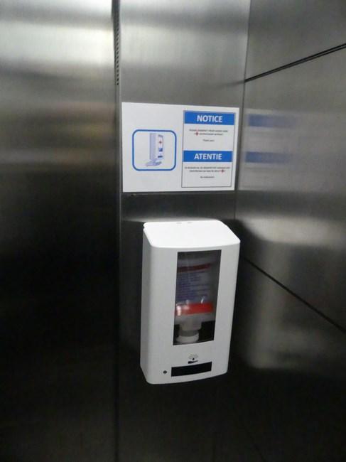 Dezinfectant in lift