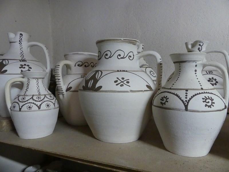 Ceramica alba de Vadu Crisului
