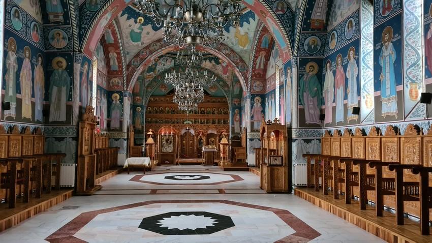 Biserica Manastirea Sambata de Sus