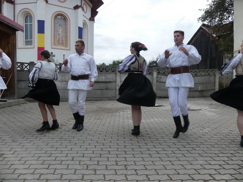 Dansuri din Tara Fagarasului