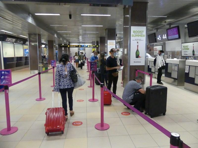Check in Wizz Air Otopeni