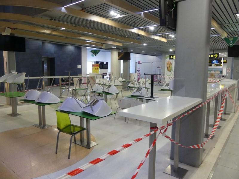 Food court aeroport Otopeni