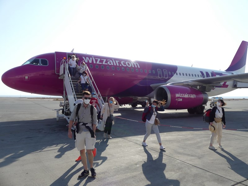 Wizz Air Santorini
