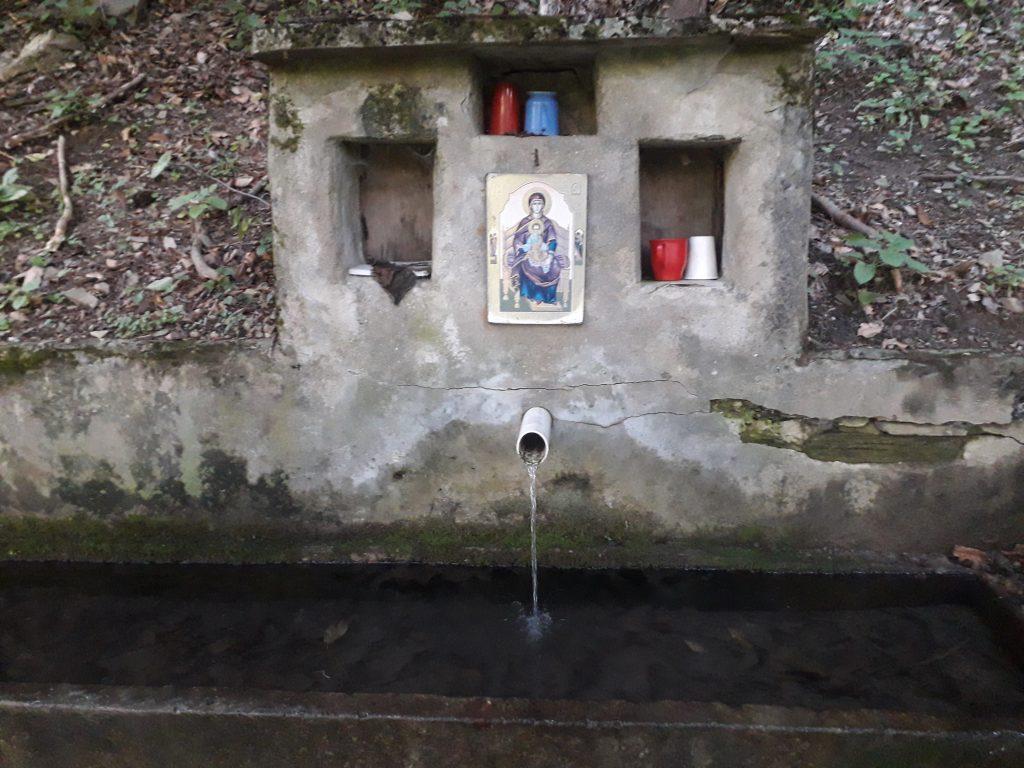 Apa de la Dumnezeu