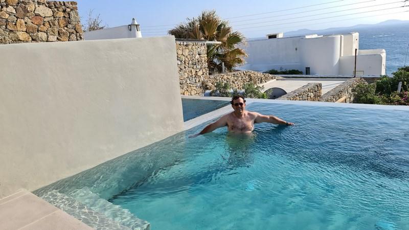 Mykonos Soul Pool