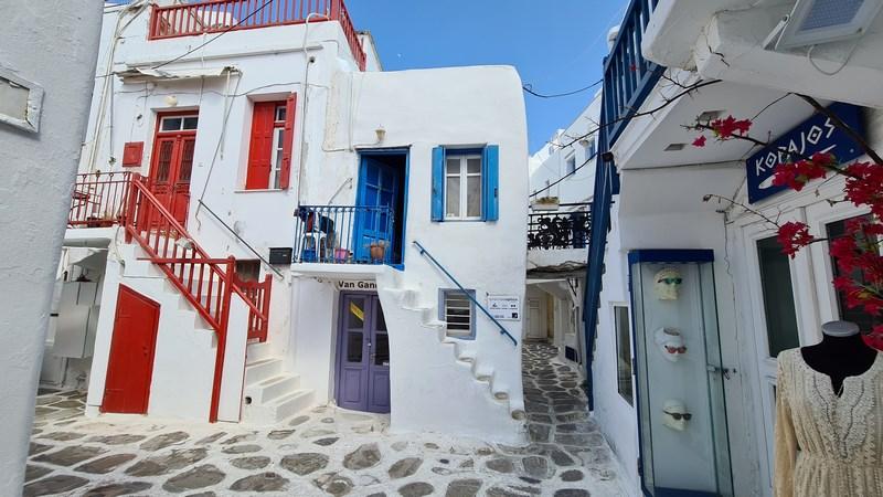 Case rosu albastru