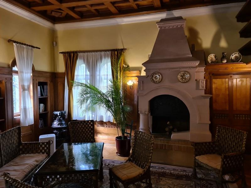 Interior conac Bratianu