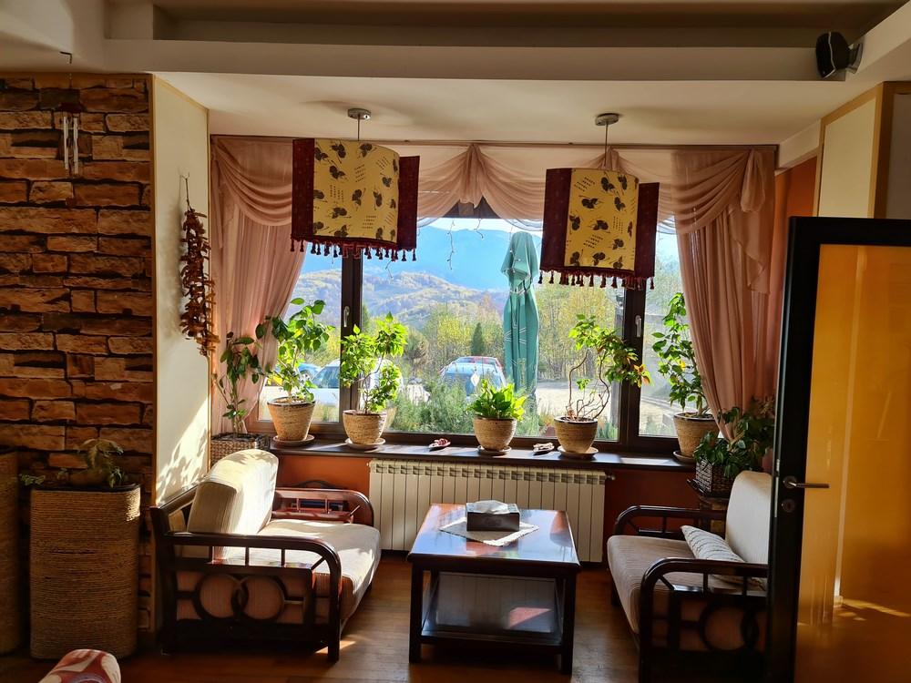 Gulliver Mountain Resort lounge