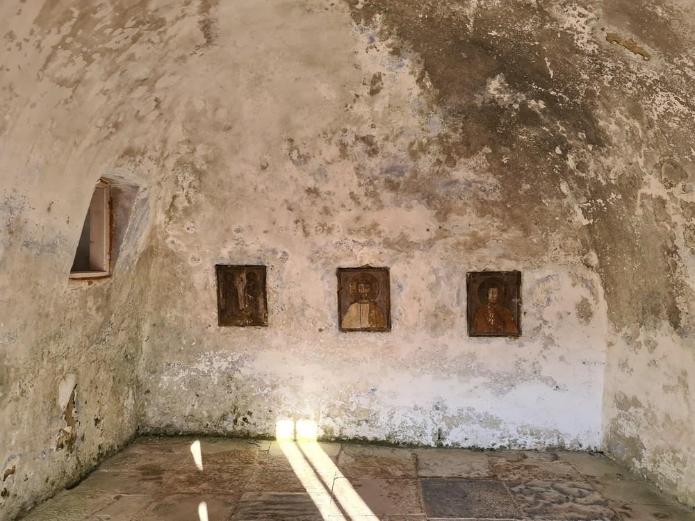 Interior Corbii de Piatra
