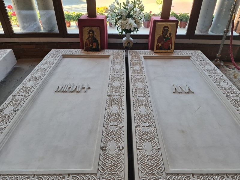 Morminte Regele Mihai si Regina Ana