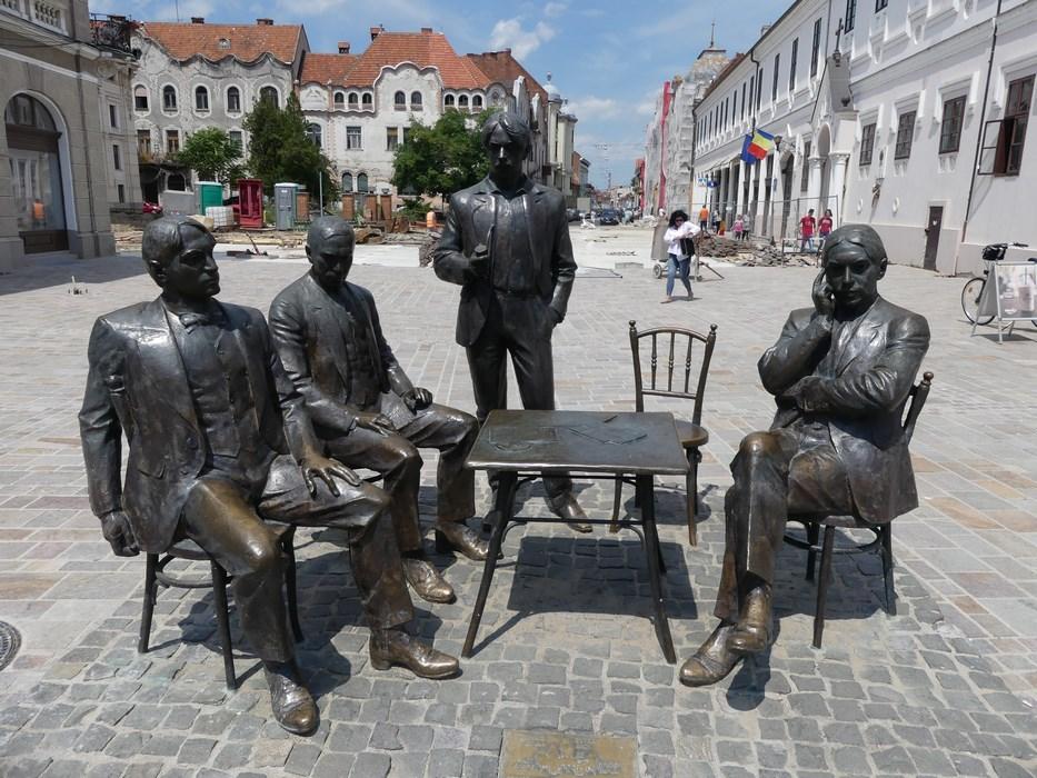 Statuie scriitori maghiari