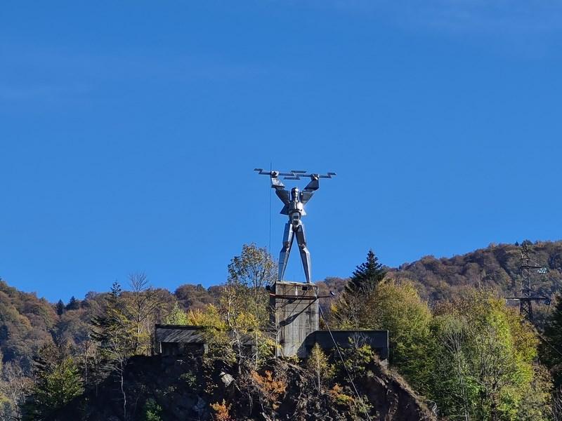 Statuia energeticianului