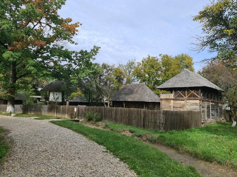 Muzeul Satului Golesti