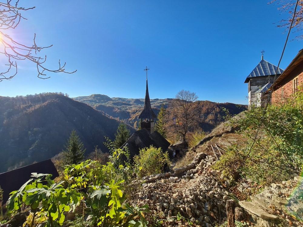 Panorama Manastirea Cetatuia Negru Voda