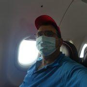 . Masca in avion