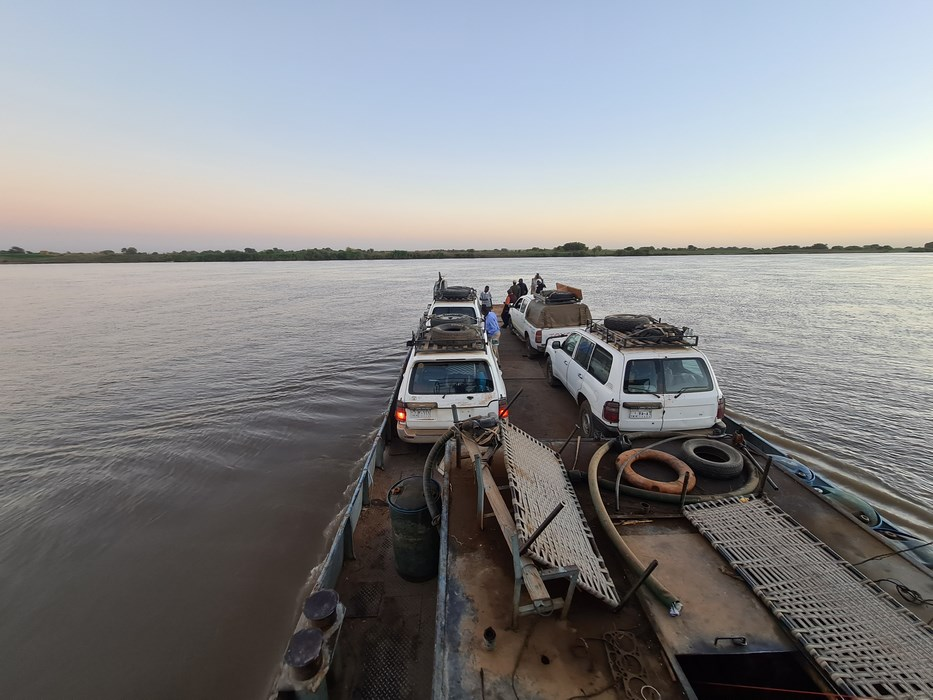Ferry traversare Nil
