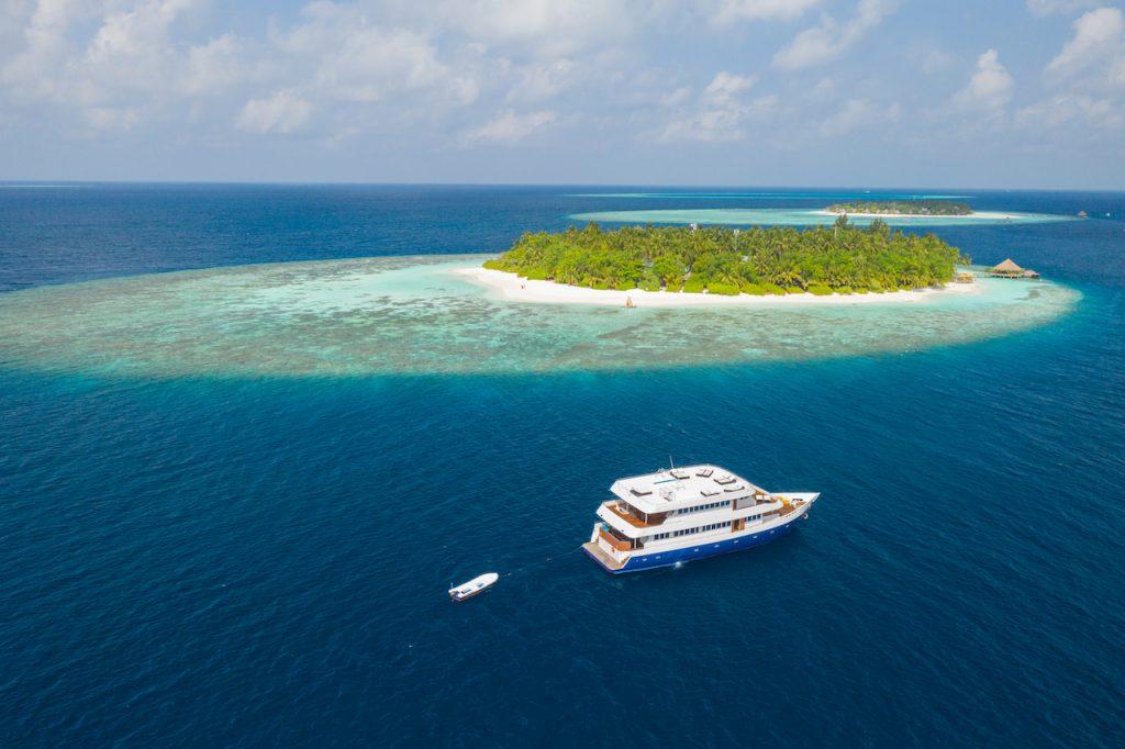 Sailing in Maldive