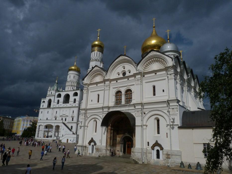 Biserici Kremlin