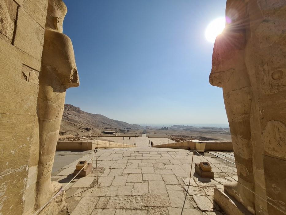 Zeul soare la Luxor