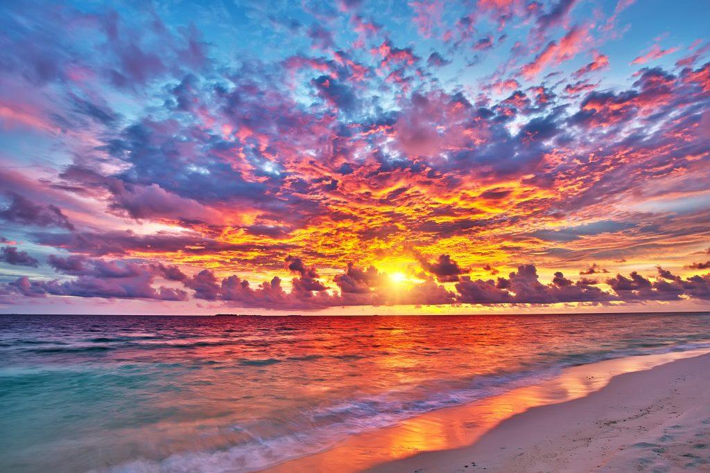Apus de soare Maldive