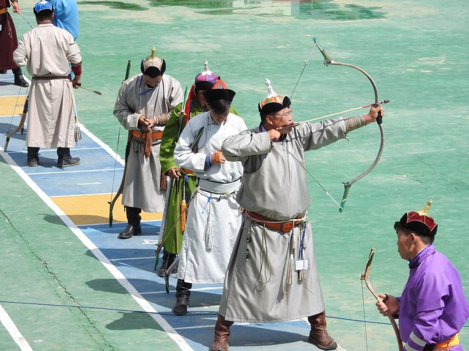 Tras cu arcul Mongolia