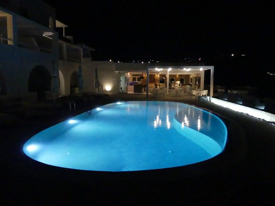 Lilium Santorini by night