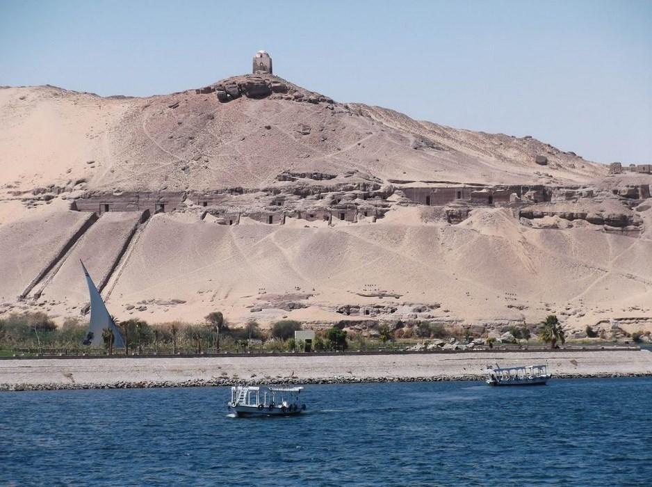 Morminte nobili Aswan
