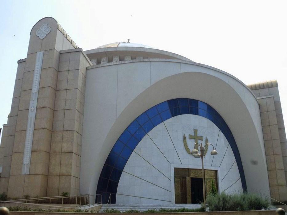 Catedrala Invierii Tirana