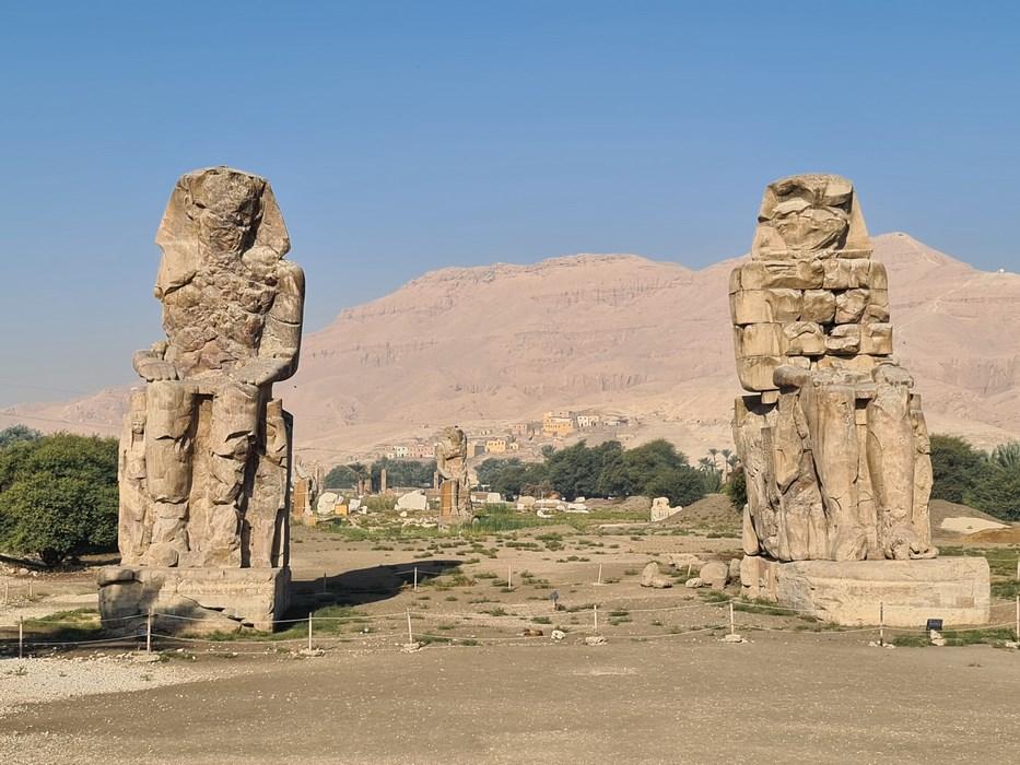 Colosii lui Memnon