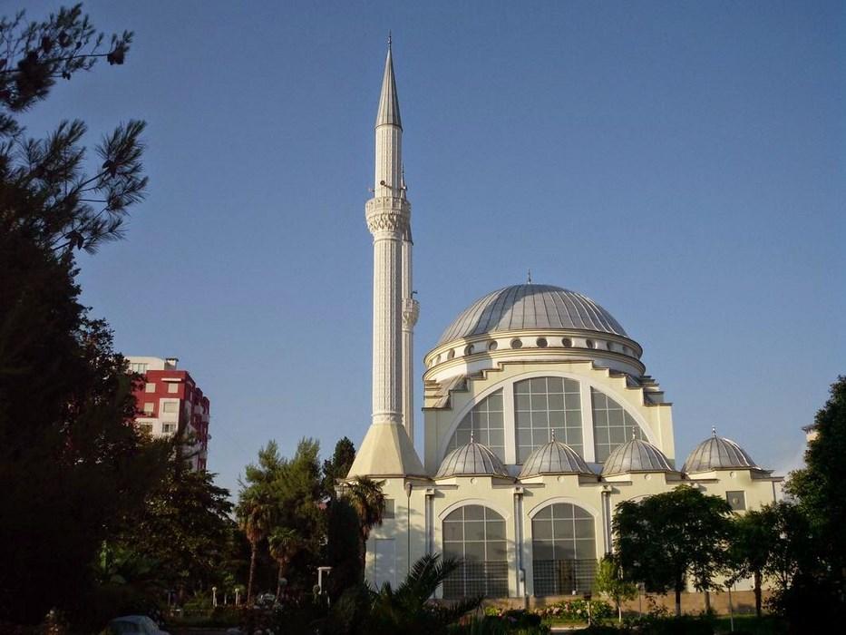 Shkoeder Albania Moscheea Ebu Beker