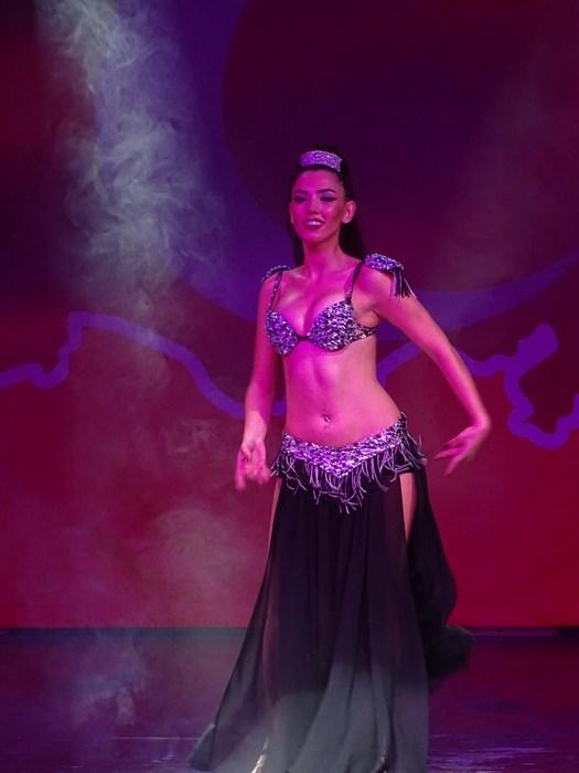 Dansatoare din buric Turcia