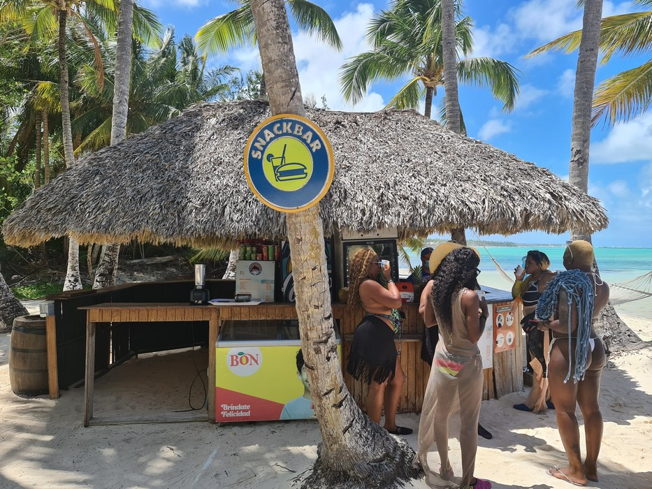 Snack Bar Dolphin Island
