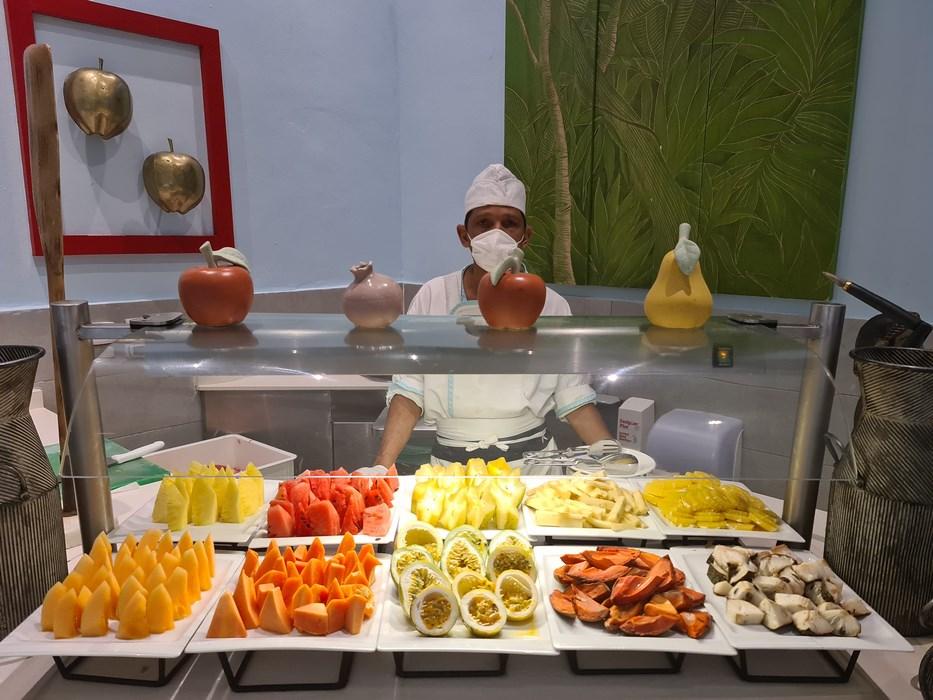 Fructe Dominicane