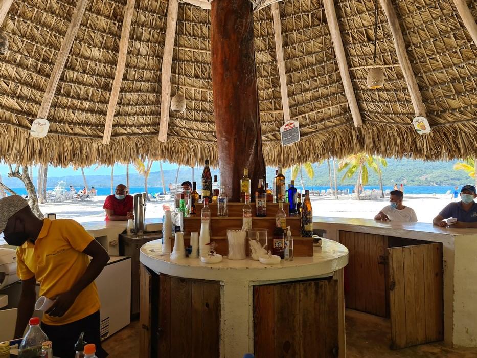 Bar insula Bacardi
