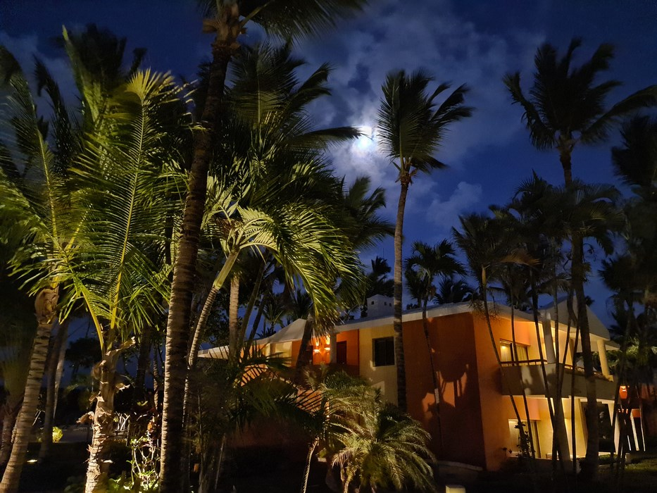 Iberostar Selections Bavaro Punta Cana by night