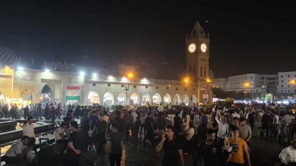 Seara prin bazarul din Erbil