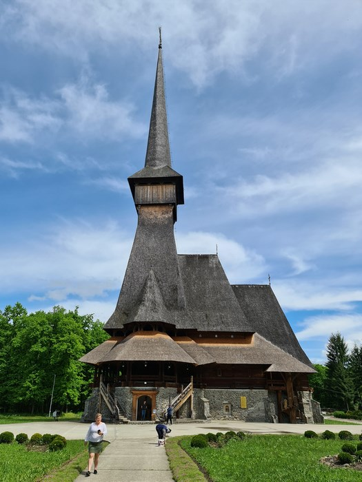 Biserica Sapanta Peri