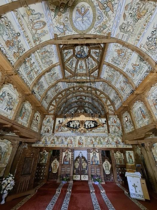 Interior Manastirea Barsana