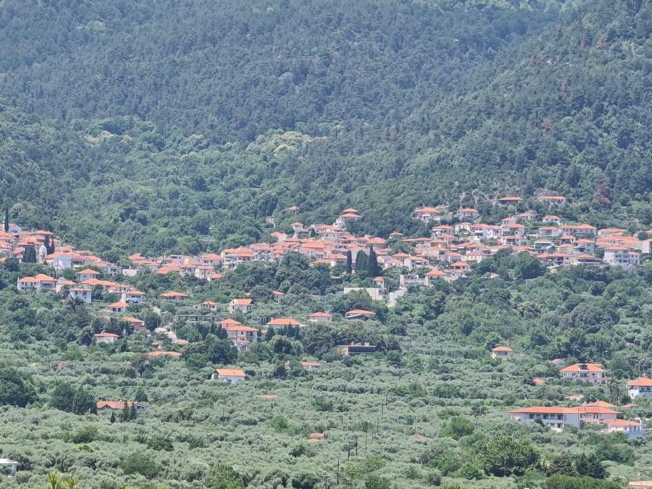Sat de munte Thasos