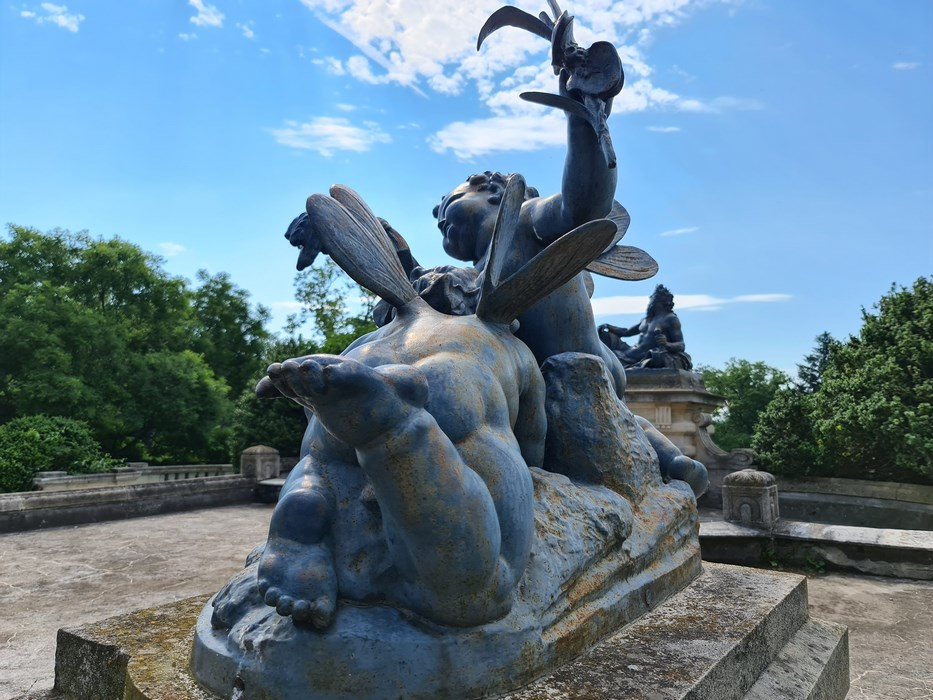 Statuie frantuzeasca