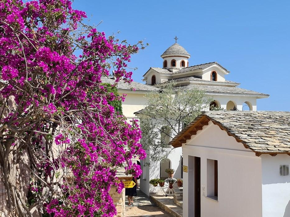 Manastirea Sf. Mihail Thasos