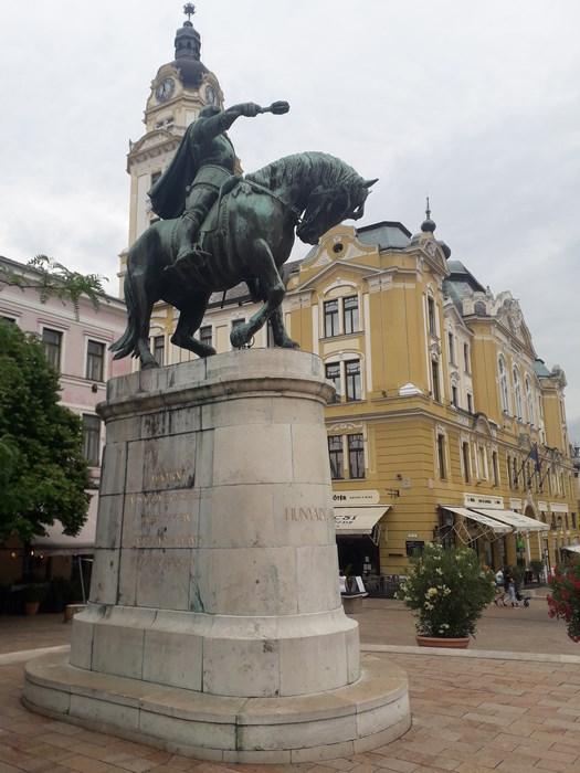 Statuie Iancu de Hunedoara Pecs