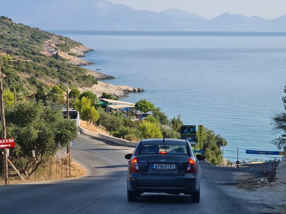 Drumul spre portul Agios Nikolaos