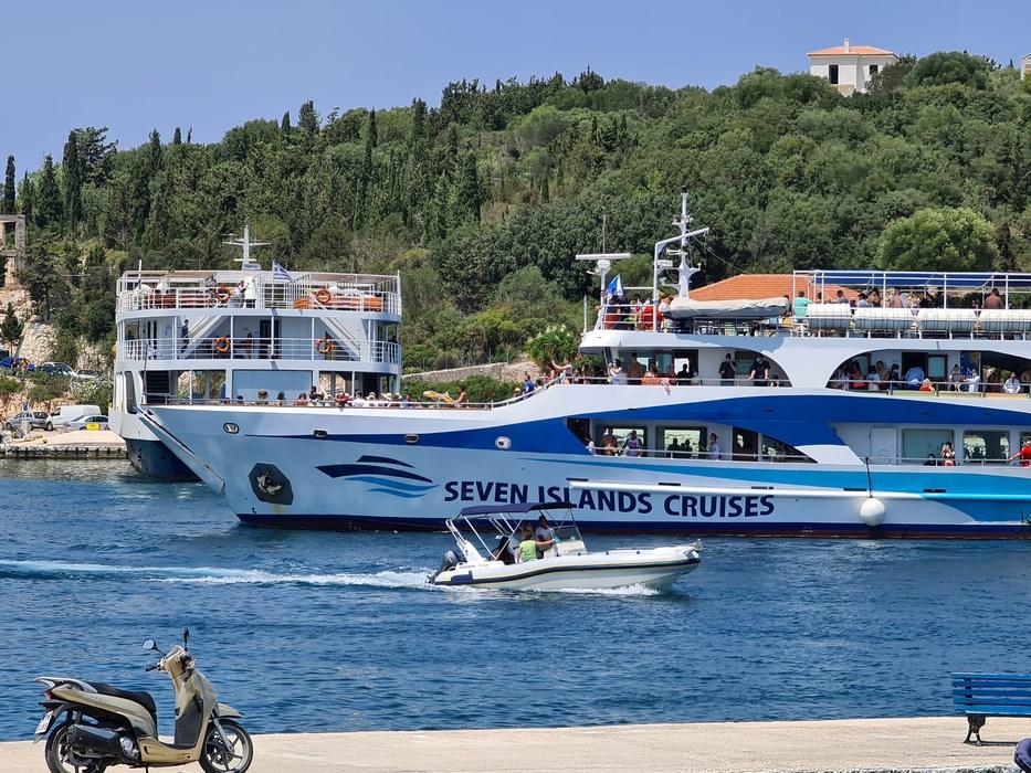 Seven Islands Cruise